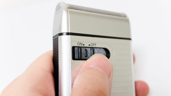 メンズシェーバーES-RS10のスイッチ