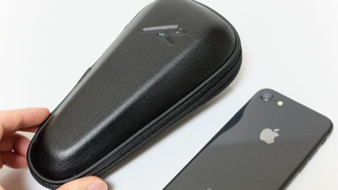 ラムダッシュのケースとiPhone8のサイズ比較