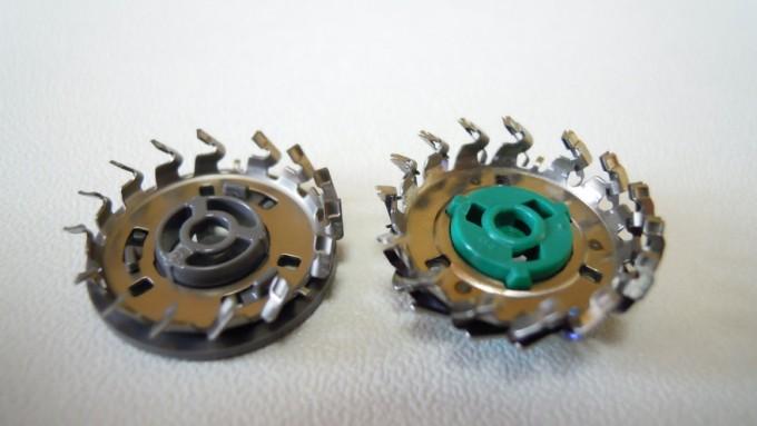 左が初期搭載刃。右がリフト&カット刃