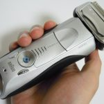 恒久的デザインと実用性に惚れる!BRAUNシリーズ7「7898cc」の購入レビュー