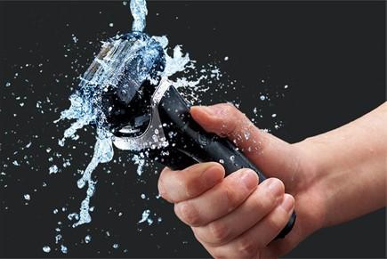 ラムダッシュ6枚刃は本体まるごと清潔水洗いが可能